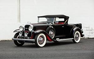 Фотография Ретро Бьюик Черных Родстер 1931 Series 90 Roadster