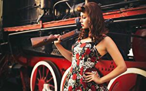 Обои Ретро Поезда Автоматы Платье Рыжая