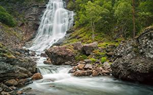 Фотографии Река Камни Водопады Скала