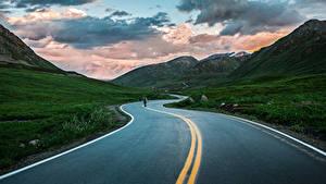 Обои Дороги Горы Вечер Пейзаж Асфальт Природа