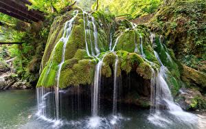 Картинка Румыния Водопады Скала Мох Bigar Waterfall