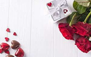 Фотографии Розы День всех влюблённых Сердца Доски Шаблон поздравительной открытки цветок