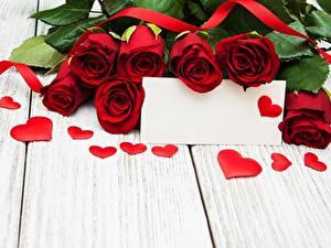 Фото Розы День святого Валентина Шаблон поздравительной открытки Сердечко Доски цветок