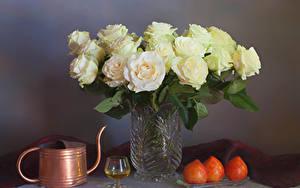Картинки Розы Вино Хурма Вазы Бокал Еда