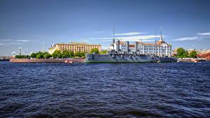 Фотографии Россия Санкт-Петербург Здания Река Пристань Корабль Cruiser Aurora on the Bolshaya Nevka River