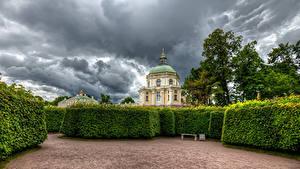 Фото Россия Санкт-Петербург Парки Дворца Кусты Дизайн Oranienbaum Palace Lomonosov