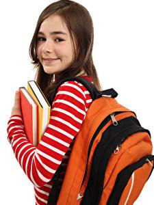 Обои для рабочего стола Школа Белым фоном Девочки Книги Смотрит Рюкзак ребёнок