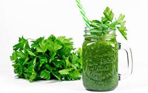 Фото Смузи Овощи Белом фоне Кружке parsley Еда