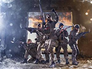Обои Солдат Автомат Мужчина Униформа Армия