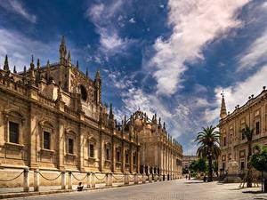 Фотография Испания Собор Небо Облачно Улиц Seville, Puerta De San Cristobal, Archivo de Indias Города