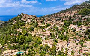 Картинка Испания Здания Холмы Deià, Balearic Islands город