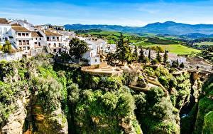 Обои Испания Здания Скале Дерево Ronda, Andalusia город