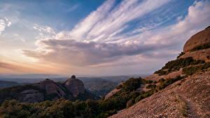 Фото Испания Гора Небо Скала Облака Catalonia Природа