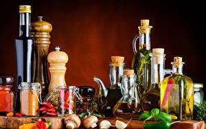 Фотография Специи Перец овощной Грибы Бутылки Банке Масло Продукты питания