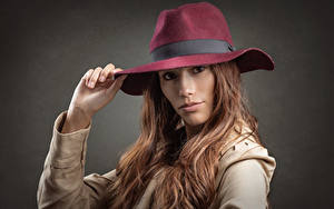 Обои Шляпы Волос Смотрит Шатенки Stephanie девушка