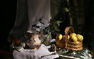 Картинки Натюрморт Яблоки Наручные часы Корзина Кувшины