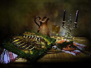 Фотографии Натюрморт Свечи Рыба Укроп Стол Кувшины Бокалы Тарелка Еда