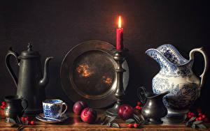 Картинки Натюрморт Свечи Чайник Сливы Кувшины Чашке Шиповник плоды Тарелке Пища