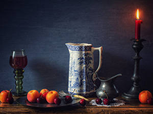 Фотография Натюрморт Свечи Вино Абрикос Черешня Стене Кувшин Бокалы Еда
