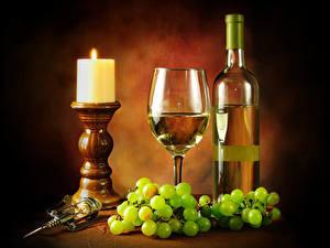 Обои Натюрморт Свечи Вино Виноград Бокал Бутылка Продукты питания