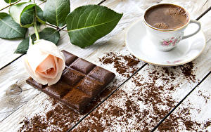 Фотографии Натюрморт Кофе Шоколад Розы Чашка Какао порошок Еда Цветы