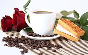 Картинка Натюрморт Кофе Выпечка Розы Зерна Чашка Бордовый Продукты питания