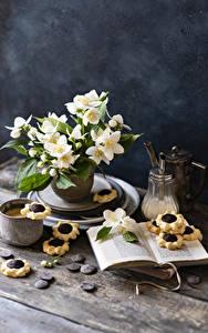 Обои для рабочего стола Натюрморт Жасмин Печенье Кофе Капучино Шоколад Книга Кружка цветок