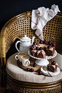Обои Натюрморт Выпечка Черешня Кофе Кресло Чашка Тарелке Ложки Продукты питания