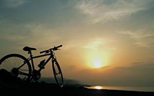 Картинка Рассветы и закаты Велосипеде Силуэты Природа