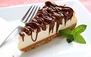 Фотографии Сладости Пирожное Шоколад Пища