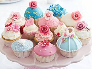 Обои для рабочего стола Сладкая еда Пирожное Розы Капкейк кекс Дизайна Пища