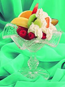 Фотография Сладости Фрукты Малина Десерт Сливки Еда
