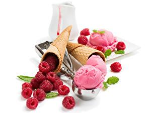 Фотография Сладости Мороженое Малина Белый фон Шар