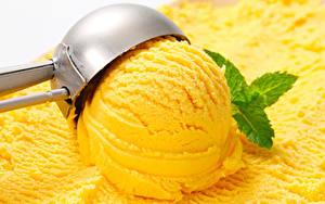 Фотографии Сладкая еда Мороженое Желтых Шарики