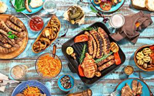 Картинки Накрытия стола Мясные продукты Сосиска Овощи Напитки Приправы Доски Стакан Кетчуп