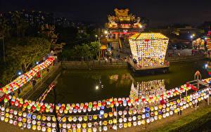 Картинки Тайвань Здания Пруд Китай Дизайна Ночные Уличные фонари Lantern Festival New Taipei город