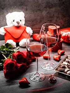 Фотография Мишки Букеты Розы Конфеты День святого Валентина Вино Сердца Бокалы Цветы