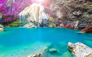 Картинка Таиланд Тропический Водопады Утес Ветки
