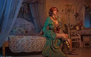 Фотография Ведьмак Сидящие Красивая Рыжие Кровати Triss, Kristina Borodkina 3D Графика Игры Девушки
