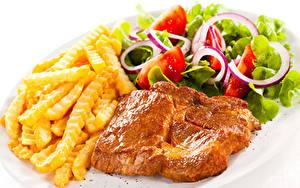 Обои Вторые блюда Мясные продукты Картофель фри Салаты Овощи Белый фон Еда