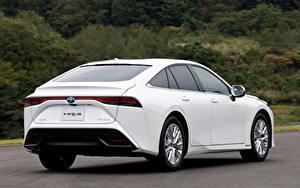 Фотографии Тойота Белых Металлик Вид сзади Mirai G Executive Package, JP-spec, 2020 авто