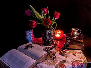 Картинка Тюльпан Свечи Натюрморт Книга Вазе цветок