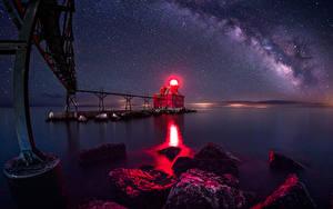 Фото США Мосты Маяки Небо Звезды Камни Ночные Залив Sturgeon Bay Wisconsin Природа
