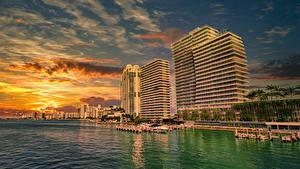 Фото США Побережье Рассветы и закаты Дома Пристань Майами