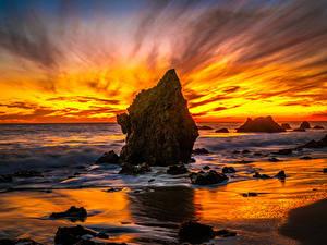 Картинки Америка Побережье Рассветы и закаты Океан Калифорнии Скала El Matador Beach Природа