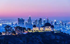 Обои Америка Дома Вечер Калифорнии Лос-Анджелес Мегаполис Лучи света Griffith Observatory