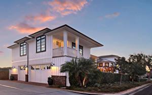 Обои Штаты Здания Вечер Особняк Гараже Уличные фонари Newport Beach
