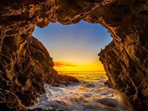 Картинки США Океан Рассвет и закат Калифорнии Скала El Matador Beach Природа