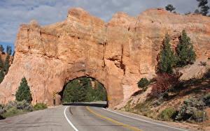 Фотография Штаты Дороги Асфальт Утес Арка Red Arch Road, Utah Природа
