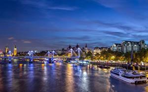 Картинки Великобритания Здания Речка Мосты Пристань Небо Лондоне Ночь Westminster